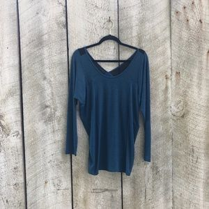 Lucy | blue and black lightweight long sleeve top